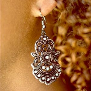 Jewelry - Blooming Bora Bora - Silver | Earrings